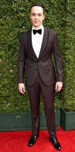 Yes Jim Parsons! Daring not just the colour block but colour CLASH as well! A winner tonight and whats a winner without a Giorgio Armani suit!