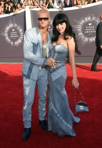 Everyone loves a throwback especially in the form of Justin Timberlake & Britney a la 2001. Thankyou Katy Perry & Riff Raff for reminding us of this gorge denim Versace number and congratulations on the deserving award!