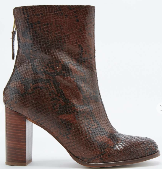 I looooo00000VE these new Tori Snake boots that have just arrived in my work! I feel like they are an autumn  essential.