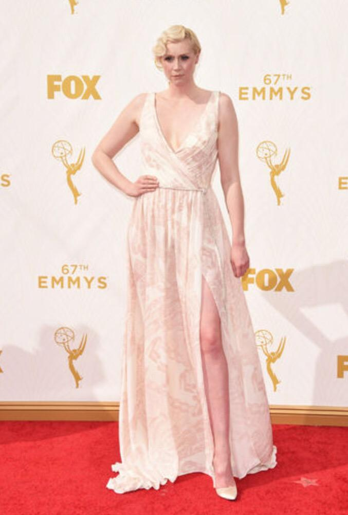 ahhhh Gwendoline Christie. I love her look so much she looks as stunningly striking as ever. I do wish we'd have seen her in custom Vivienne Westwood though! This Giles Deacon does look amazing on her. Im guessing people are going to say its a no because of her pale tone but I think it looks great and isn't a wash out at all!