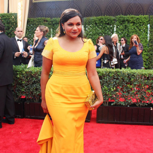 All I want is the relationship that Mindy Kaling has with her stylist Salvatore Perez. He knows how to dress her so well. I firmly believe that nobody will ever know how to dress her better than him. Mindy wearing his original design.