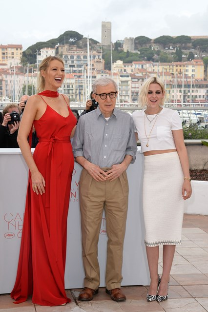 Blake-Lively-Woody-Allen-Kristen-Stewar-vogue-11may16-getty_b_426x639