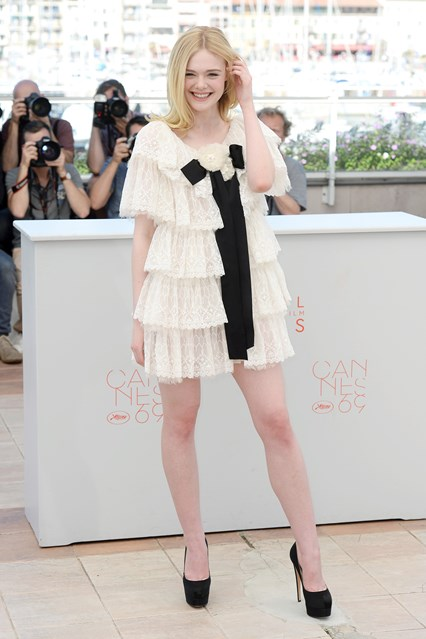elle-fanning-vogue-20may16-pa_b_426x639