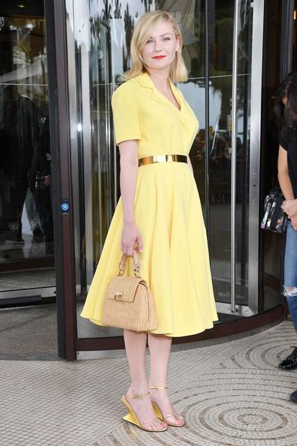 Kirsten-Dunst-Vogue-11may16-getty_b_426x639_1