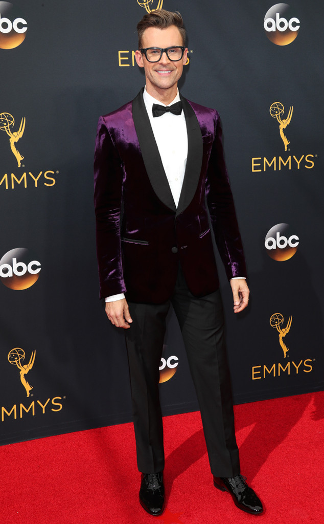 rs_634x1024-160918151512-634-emmy-awards-arrivals-brad-goreski