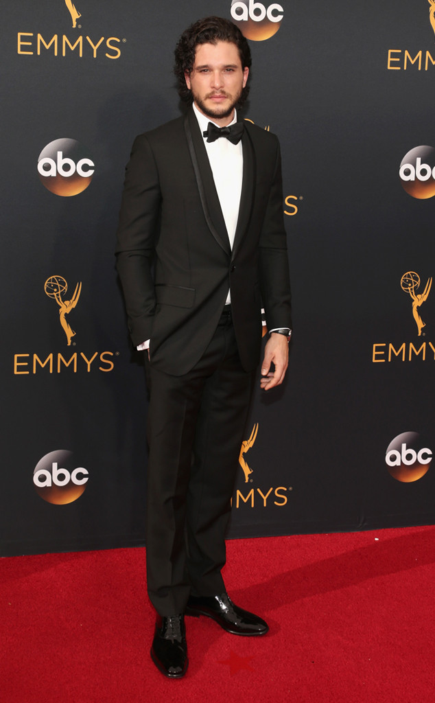 rs_634x1024-160918165025-634-emmy-awards-arrivals-kit-harington