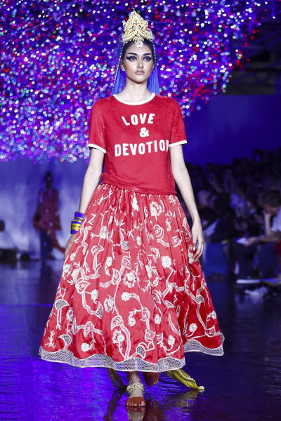 Ashish Fashion Show, Ready to Wear Collection Spring Summer 2017 in London