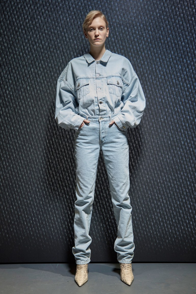 02-yeezy-season-5-fall-winter-2017-lookbook