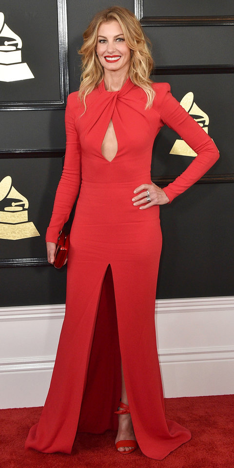 021217-grammys-faith-hill