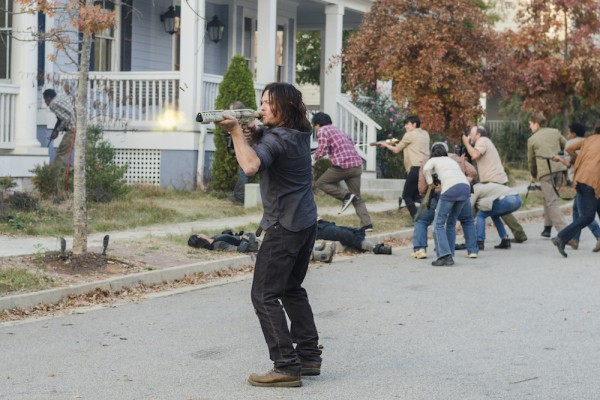 the-walking-dead-season-7-finale-image-5-600x400